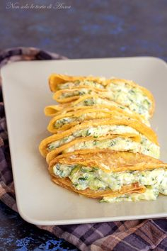 Crepes zucchine e ricotta Ricotta, Crepes And Waffles, Cannelloni, Good Food, Yummy Food, Best Italian Recipes, Crepe Recipes, Appetisers, Polenta
