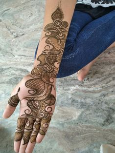 We bring you this curated list of new and trendy arabic mehendi designs that is sure to brim you with inspiration. These latest mehndi patterns are sure to make you grab all the attention at any event you attend so, be ready to stay in the spotlight. Latest Arabic Mehndi Designs, Full Hand Mehndi Designs, Indian Mehndi Designs, Henna Art Designs, Mehndi Designs For Girls, Mehndi Designs For Beginners, Mehndi Design Pictures, Mehndi Designs For Fingers, Latest Mehndi Designs