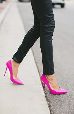 Pump up your fall look with these bright pink heels (via Hello Fashion Blog) Bright Pink Heels, Hot Pink Pumps, Pink Shoes, Shoes Heels, Shoe Boots, High Heels, Pink Heels Outfit, Shoes Pic, Neon Heels