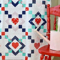 I can totally see this quilt as a wedding quilt!! It's a traditional chain with a touch of love.