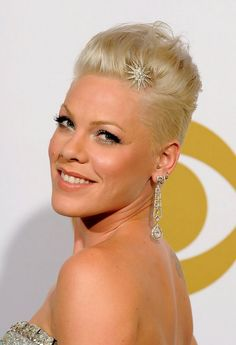Short hairstyles With Sidecut boys and women hairstyle - Bob Haircut ...