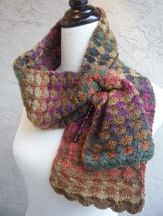 Ravelry:  MyDailyFiber's Autumn Diamonds in Crystal Palace Yarns Mini Mochi