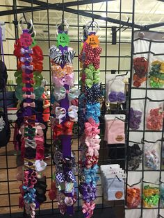 Vendor booth craft fair holiday bazaar set up idea display #bowtifulblessings