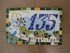 * Números feitos em madeira nobre com acabamento em mosaico * As peças são confeccionadas Manualmente, Trabalho artesanal. * Fazemos projetos personalizados * Peças Sob Encomenda * Frete a Calcular * Fotos meramente ilustrativa R$ 135,00