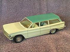 1961 Vintage Oldsmobile F-85 Station Wagon Promo Promotional Model Car