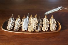 feather gingerbread cookies