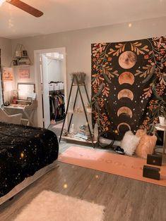 Indie Room Decor, Cute Room Decor, Aesthetic Room Decor, Indie Living Room, Hippie Bedroom Decor, Aesthetic Bedrooms, Hippy Bedroom, Room Design Bedroom, Room Ideas Bedroom