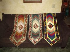 Braid Table Runner pattern by G.E. Designs