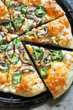 Vegan Jalapeno Popper Pizza - Rabbit and Wolves. Dinner inspiration! Vegan cheeses, mushroom bacon and fresh jalapenos! It's the best! Fresh Jalapeno Recipes, Vegan Jalapeno Poppers, Zucchini Pizzas, Wolves, Veggie Recipes, Pizza Recipes, Vegan Vegetarian, Vegetarian Recipes, Vegan Dishes