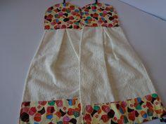Bate-mão em tecido felpudo, acabamento em tecido 100% algodão, forrado com manta acrílica. ** Consultar disponibilidade dos tecidos**
