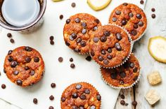 Banana muffins are a healthy alternative to highly-processed snacks like cupcakes made with sugar or high-fructose corn syrup. Healthy Banana Muffins, Banana Bread Muffins, Healthy Doughnuts, Homemade Doughnut Recipe, Banana Benefits, Chocolate Graham Crackers, Cinnamon Recipes, Protein Shake Recipes, Semi Sweet Chocolate Chips