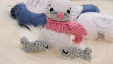 Here you'll find the free crochet pattern for this cute amigurumi seal. In addition to English, the amigurumi seal is available in German and Norwegian. Crochet Sheep, Crochet Amigurumi Free Patterns, Cute Crochet, Crochet Hooks, Crochet Mouse, Crochet Stitches, Crochet Two Piece, Crochet Decrease, Bobble Stitch