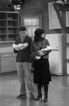 Friends Scenes, Friends Cast, Friends Episodes, Friends Moments, Friends Tv Show, Just Friends, Friends Forever, Chandler Bing, Monica And Chandler
