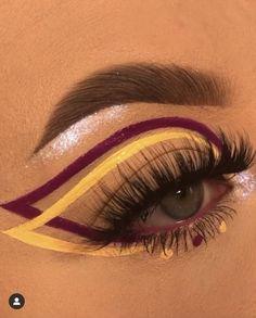 Makeup Eye Looks, Eye Makeup Art, Skin Makeup, Makeup Inspo, Makeup Inspiration, Eyeshadow Makeup, Egyptian Eye Makeup, Eye Makeup Steps, Clown Makeup