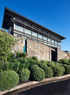 South Coogee House, NSW . stone, glass and copper exterior finishes . Anthony Wyer Landscape