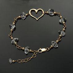 Herkimer Diamond bracelet / Quartz Crystal bracelet / Herkimer bracelet / Herkim… Herkimer Diamond bracelet / Quartz Crystal bracelet / Herkimer bracelet / Herkimer Gold / April Birthstone / to MANIFEST LOVE Bracelet Cartier, Diamond Bracelets, Crystal Bracelets, Crystal Earrings, Sterling Silver Bracelets, Drop Earrings, Wire Jewelry, Gemstone Jewelry, Beaded Jewelry