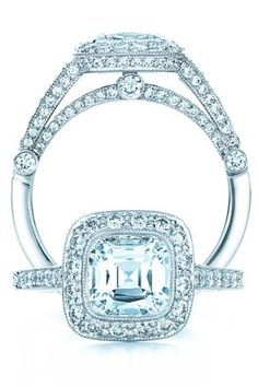 Tiffany Legacy with graduated side stones