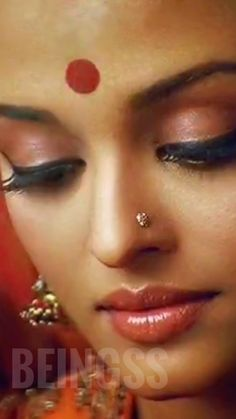 Aishwarya Rai Young, Aishwarya Rai Pictures, Actress Aishwarya Rai, World Most Beautiful Woman, Most Beautiful Faces, Most Beautiful Indian Actress, Beauty And Beast Quotes, Indian Face, India People