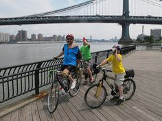 Family bike trip to Brooklyn Bridge Park