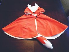 The Parker Project: Halloween: Custom Toddler Fox Cape Costume Sewing For Kids, Baby Sewing, Diy For Kids, Toddler Costumes, Baby Costumes, Children Costumes, Halloween Kostüm, Halloween Costumes, Diy Fox Costume