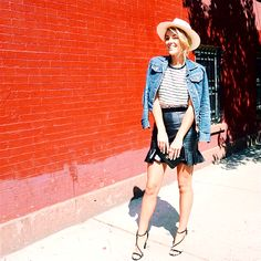 20 Maneras de usar tu chamarra de mezclilla Jean Outfits, Spring Outfits, Girly, Hipster, Spring Summer, Blazer, Denim, Plus Fashion, Fitness