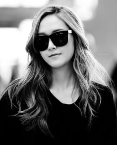 jung jessica bias why you so perfect? Jessica Jung, Girls Generation Jessica, Ice Princess, Golden Star, Snsd, Kpop, Crushes, Sisters, Black