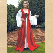 Fair Maiden's Dress  Only I'd be wearing it in blue..  oh the thinks....