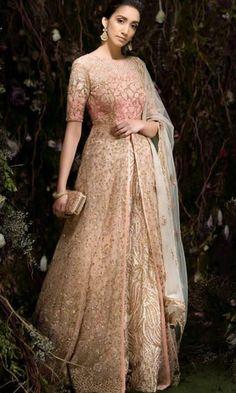 15 Top Designer Indian Engagement Dresses For Brides