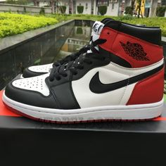 ddefc79636e90 Although Tinker Hatfield is the name most associated with the design of the  Air Jordan line