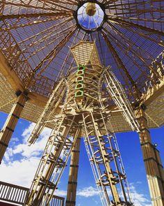 Cette année encore, le Burning Man 2017 regroupe des milliers de personnesdans le Black Rock Desert au Nevada, pour 9 jours de fête, de musique, d'art et d'