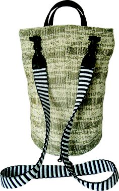 Settebello backpack in handwoven fabric cavallo linen. leather handle and details