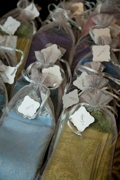 pashmina women's wedding favors