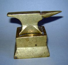 Antique Old vINTAGE MINI Brass Bronze jEWELERS sILVERSMITH ANVIL BENCH Tool ** by gatonegro1 on Etsy