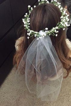 Bachelorette Bridal Baby's breathe flower headband with veil by ManyThingsMari on Etsy https://www.etsy.com/listing/231018034/bachelorette-bridal-babys-breathe-flower