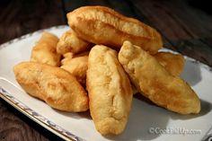 Χατσαπούρι, ένα ακαταμάχητο κασερόψωμο ⋆ Cook Eat Up! Hot Dog Buns, Hot Dogs, Cookie Dough Pie, School Snacks, Bread, Cookies, Recipes, Food, Trust
