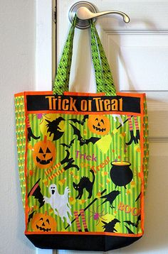 Make fabric Trick-or-Treat bags in plenty of time for Halloween!