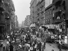 Photo: Mulberry Street in New York City's Little Italy Ca, 1900 : 24x18in