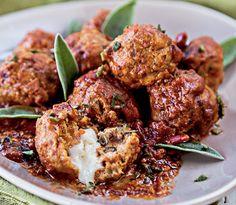 Slow Cooker Mozzarella Stuffed Meatballs | Eat and Exercise
