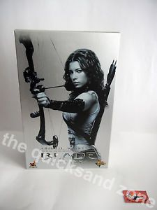 Hot Toys - Blade Trinity - MMS128 - Abigail Whistler - 1:6 scale - USED/RARE!