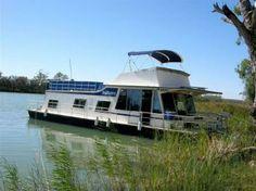 Kia Marina - Houseboat Hire = Mannum South Australia