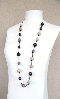 "Collier de perles ""primitif"" : Collier par doremifasolafimo"