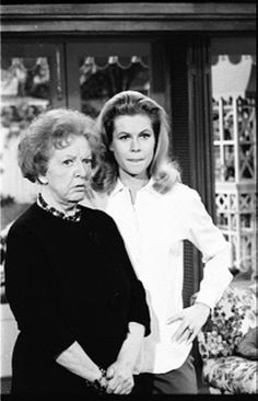 Bewitched • Samantha and Aunt Clara