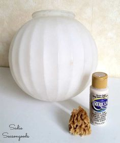 diy halloween witch decorations, halloween moon lamp, made from a sperical white lamp, painted in beige, with a sponge Halloween Decorations To Make, Halloween Jars, Halloween Moon, Halloween Crafts, Outdoor Halloween, Halloween Halloween, Vintage Light Fixtures, Vintage Lighting, Jack Skellington And Sally Halloween
