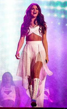 Selena) this is amazing