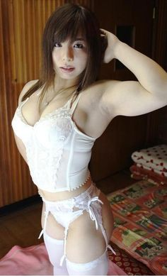 【格闘技】童顔にマッチョなボディの美女格闘家・中井りん(25)がド迫力新コスチューム披露/クィーン・オブ・パンクラス公開計量 : にゅーすまとめログ