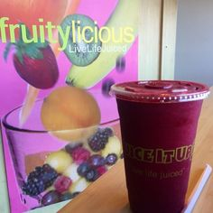 Have you tried one of our 100% raw smoothies called Fruit & Veggie Fusions? If not, you're def missing out! This is the fiber-rich RED FUSION, packed with pineapple, red grapes, strawberries, beets and banana, this tasty raw drink is perfect for those with a sweet tooth who also are looking to shed a couple pounds. Only 190 calories and loaded with function + flavor + fuel. Juice It Up! Live Life Juiced!