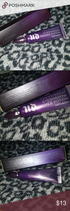 Urban Decay Anti-Aging Eyeshadow Primer Potion Urban Decay's Anti-Aging Eyeshadow Primer Potion.   This tube is roughly 60% full.  Thank you!! Urban Decay Makeup Eye Primer