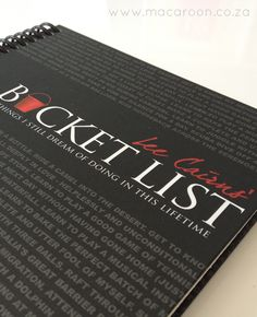 Bucket List Journal - Ideal to capture all your dreams and achievements!