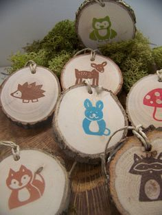 Woodland baby shower gift tags... digging the natural wood pieces.  Could use as labels?