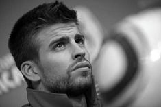 – Gerard Piqué sat down with Luis Martín of El País and talked about wanting to be the president of Barça, listening to Shakira in the locker room, and being a World Cup champion… He tr…